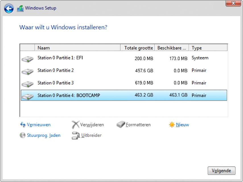 Windows-installatieprogramma. Het scherm met de vraag waar je Windows wilt installeren; de BOOTCAMP-partitie is geselecteerd.