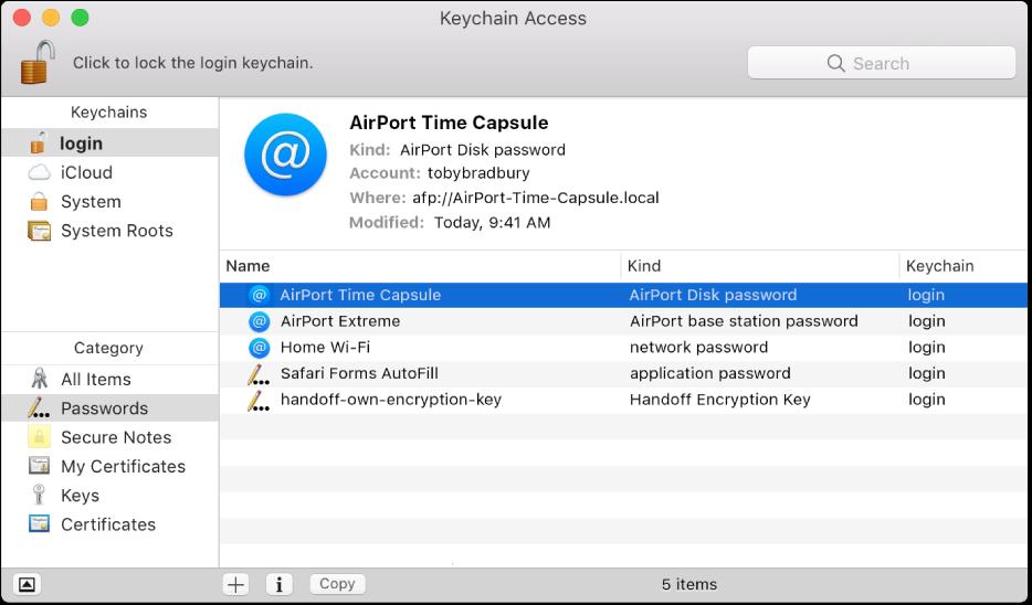 키체인에 기록된 계정 및 암호 목록을 보여 주는 키체인 접근 윈도우.