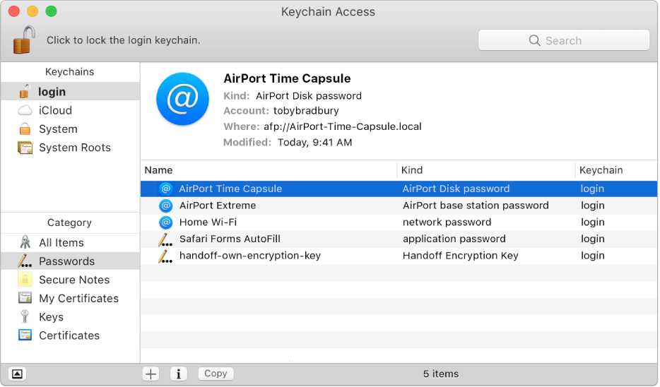 Nøkkelringtilgang-vindu som viser en liste med kontoer med passord registrert i en nøkkelring.