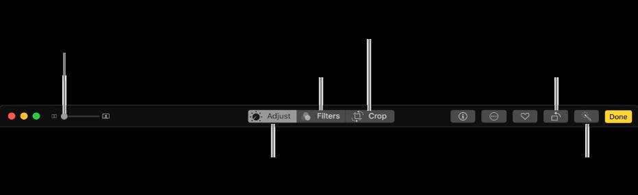 Barra degli strumenti di modifica con i pulsanti per la visualizzazione di regolazioni, filtri e opzioni di ritaglio.