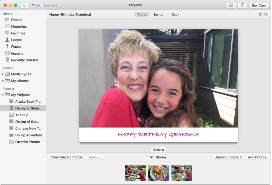 인사 카드를 보여주는 사진 앱 윈도우.