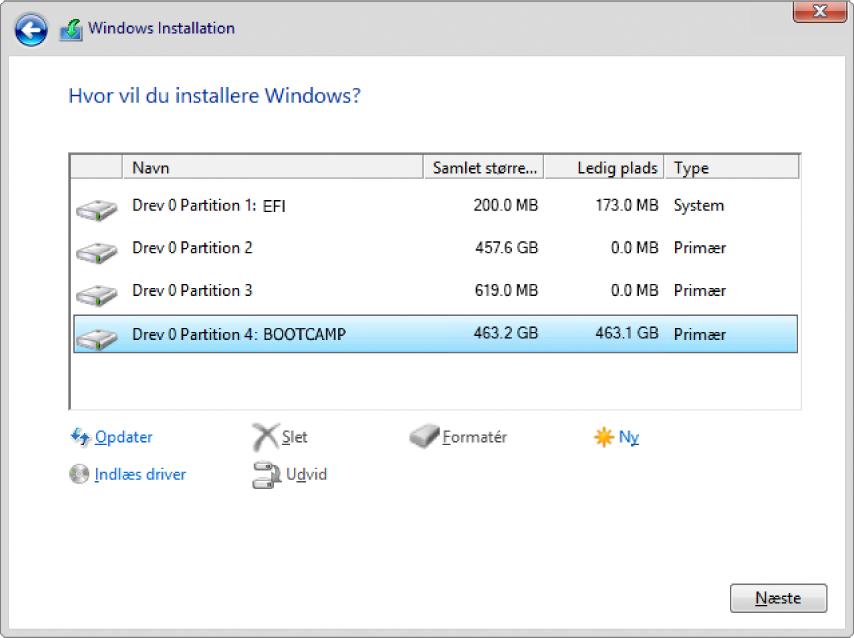 """I Windows-installationen er dialogen """"Hvor vil du installere Windows?"""" åben, og partitionen BOOTCAMP er valgt."""