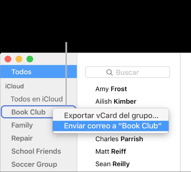 La barra lateral de Contactos mostrando el menú desplegable con el comando para enviar un correo al grupo seleccionado.
