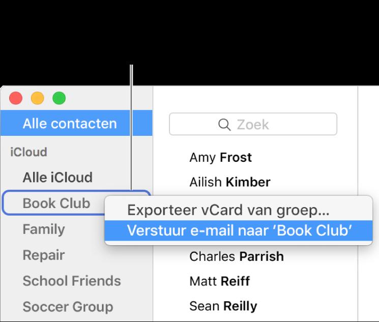 De navigatiekolom van Contacten met een venstermenu waarin het commando is geselecteerd om e-mail naar de groep te versturen.