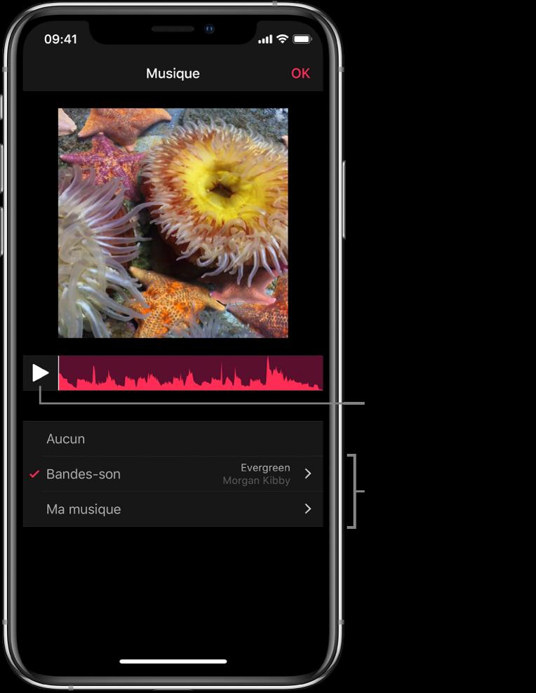 Bouton de lecture avec une forme d'onde audio sous une image dans le visualiseur, avec des options pour parcourir les bandes-son ou la bibliothèque musicale.