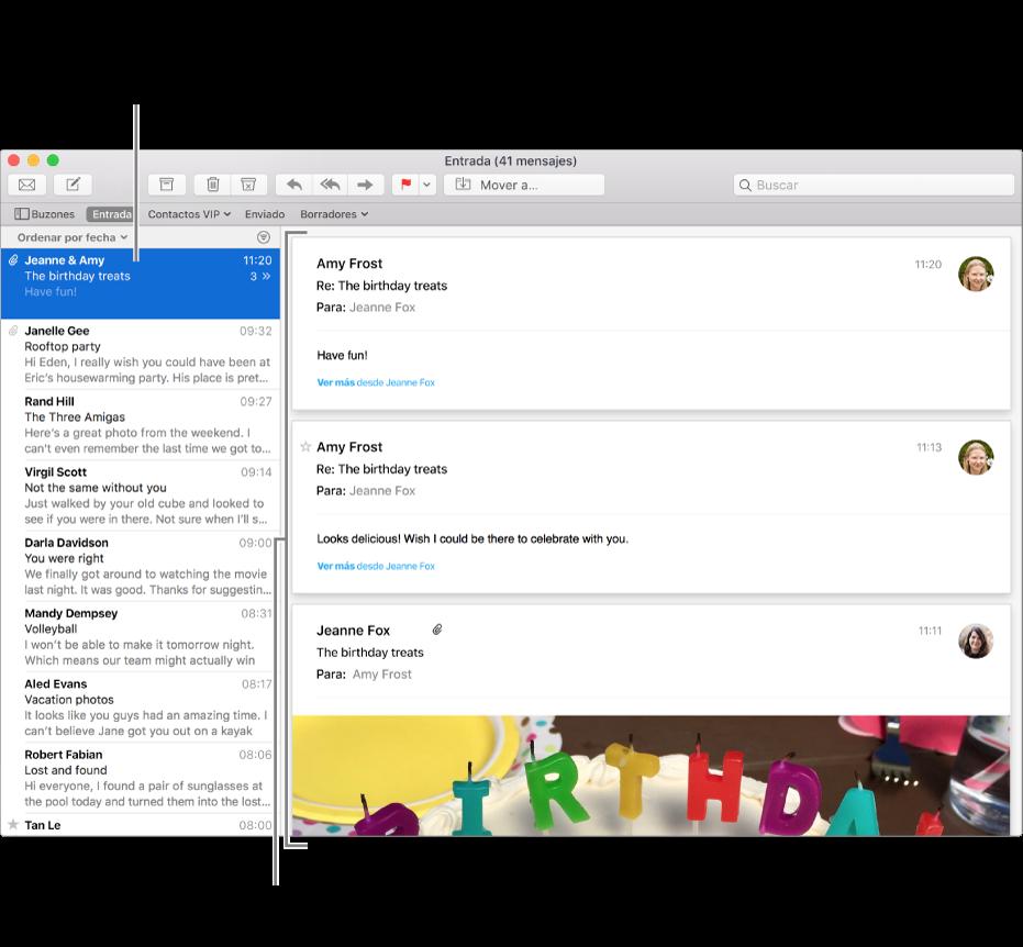 De este modo, en la lista de mensajes solamente se muestra el mensaje más reciente de cada conversación. Un número sobre el mensaje indica cuántos mensajes de la conversación hay en el buzón actual. Sigue la conversación en el área de vista previa.