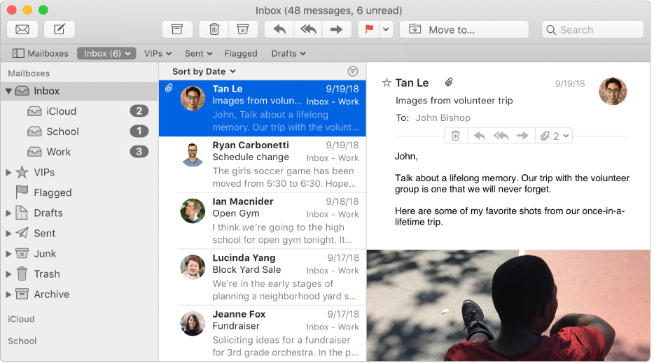 Barra lateral na janela do Mail mostrando caixas de entrada para contas do iCloud, educacionais e corporativas.