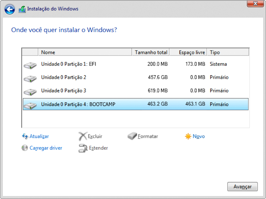 """Na Instalação do Windows, """"Onde você deseja instalar o Windows?"""" a caixa de diálogo está aberta com a partição BOOTCAMP selecionada."""