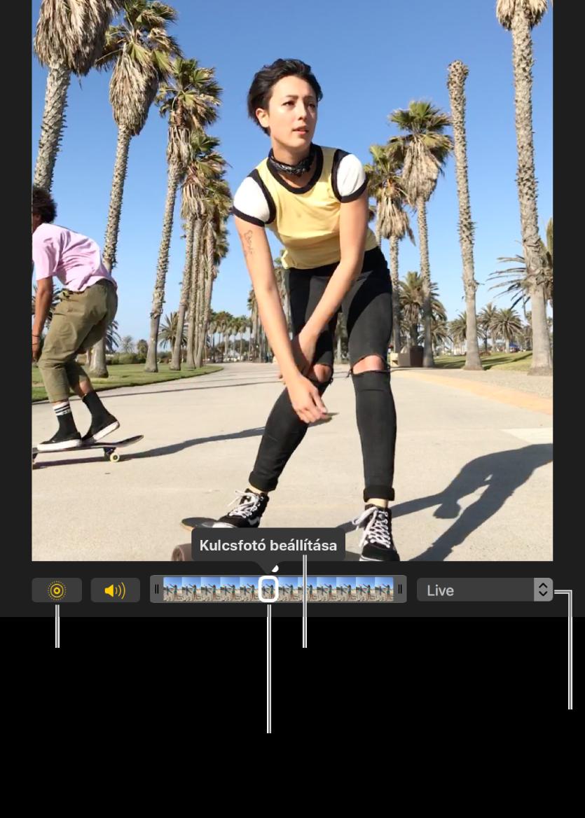 Live Photo szerkesztési nézetben; az alatta lévő csúszka megjeleníti a fotó képkockáit. A Live Photo gomb és a Hangszóró gomb a csúszka bal oldalán találhatók; jobbra felugró menü, amellyel ismétlést, oda-vissza lejátszást és hosszú expozíció effektet adhat hozzá.
