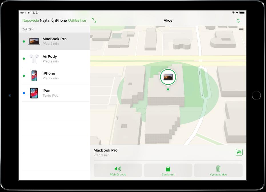 Aplikace Najít iPhone na iPadu se zobrazenou polohou Macu