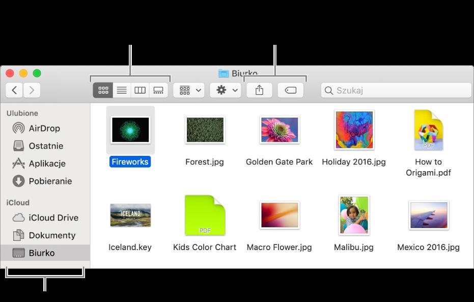 Okno Findera zpaskiem bocznym widocznym po lewej. Wlewym górnym rogu okna znajdują się cztery przyciski, wktóre możesz kliknąć, aby zmienić sposób wyświetlania rzeczy woknie Findera. Po prawej widoczne są dwa przyciski, wktóre możesz kliknąć, aby udostępnić lub otagować zaznaczone pliki.