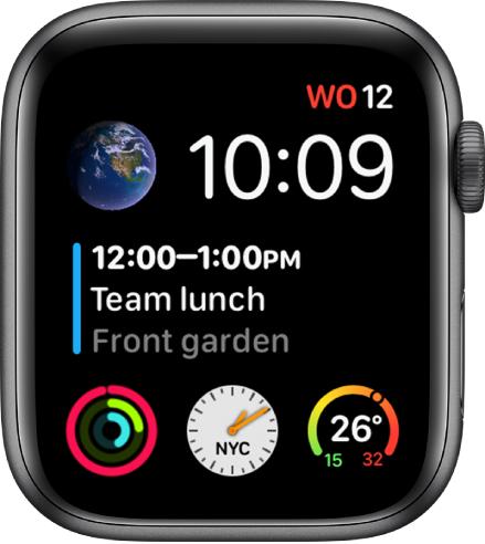 De wijzerplaat Infograaf modulair met rechtsbovenin de dag, datum en tijd, in het midden een agenda-activiteit en onderin drie subwijzerplaten.
