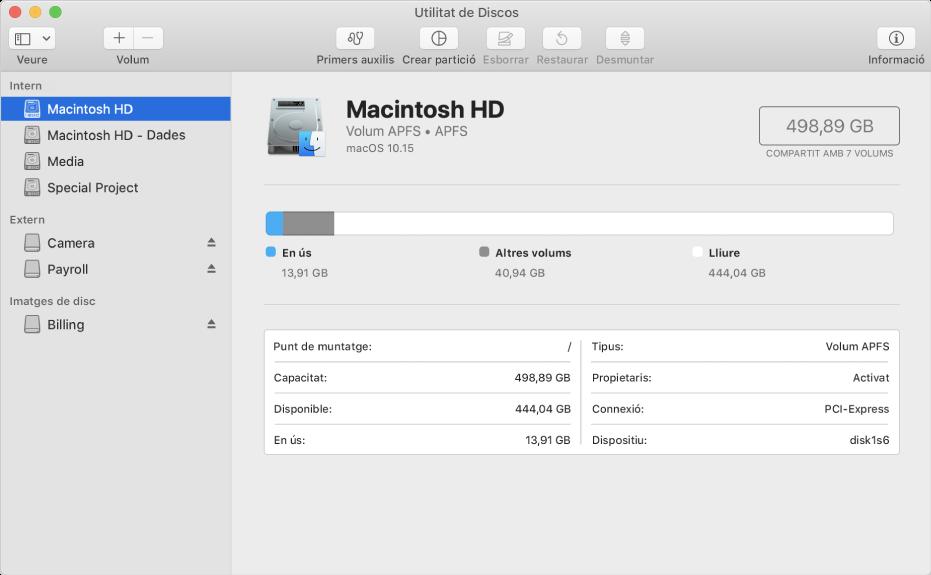 La finestra de la Utilitat de Discos amb un volum APFS en un disc intern, un volum en un disc extern i una imatge de disc.