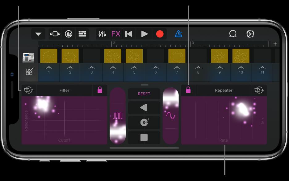 ภาพ ช่องตาราง Live Loops ที่แสดง Remix FX