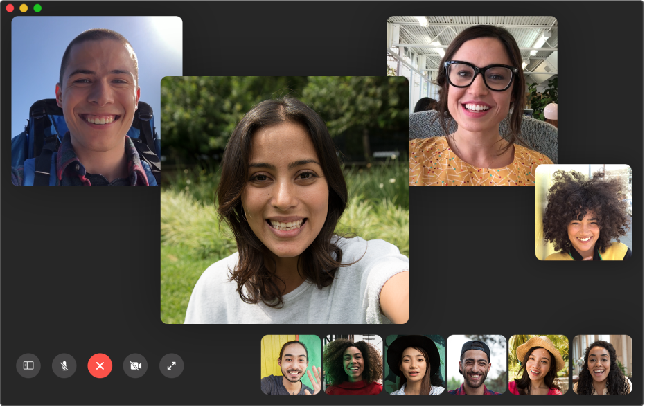 The FaceTime window while making a group call.