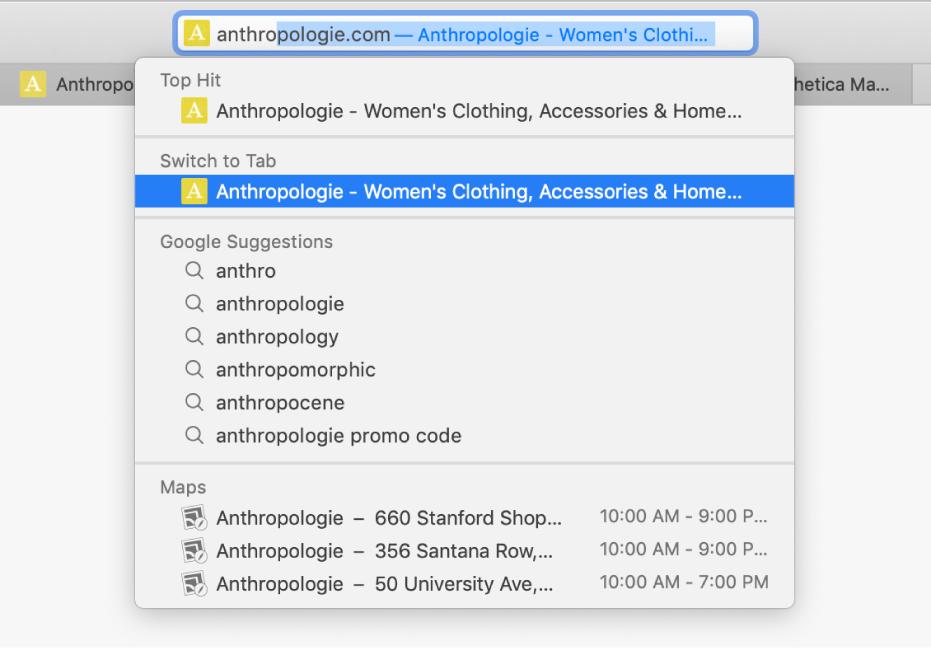 Une fenêtre Safari dont le champ de recherche intelligente contient le début de l'adresse d'un siteWeb. Le même siteWeb s'affiche dans la liste de résultats sous «Passer à l'onglet», car il est déjà ouvert dans un autre onglet.
