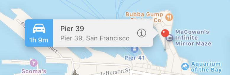 Ein mit einer Stecknadel markierter Ort auf einer Karte mit einem Banner, auf dem eine Yelp-Bewertung und die Infotaste zu sehen ist.