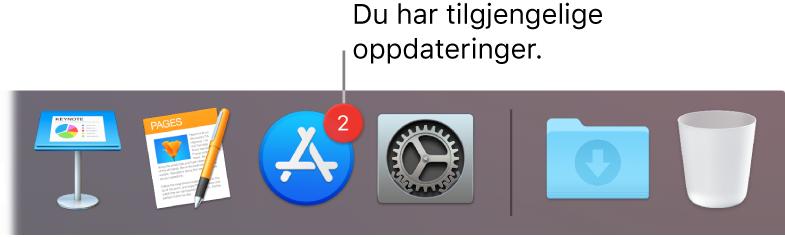 En del av Dock som viser App Store-symbolet med et merke, som viser at det finnes tilgjengelige oppdateringer.
