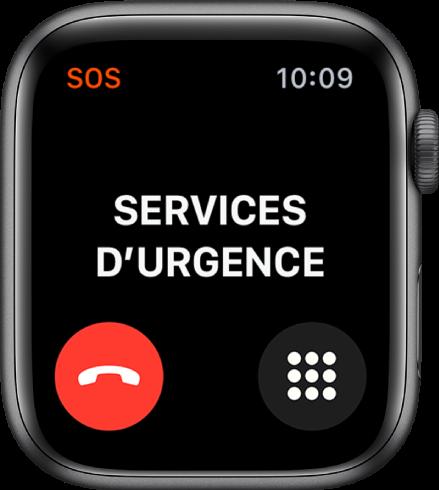 L'écran Services d'urgence avec le mot Connexion vers le haut. Un bouton pour raccrocher se trouve dans le coin inférieur gauche et un bouton de clavier dans le coin inférieur droit.