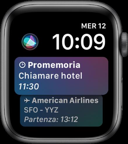 Il quadrante Siri che mostra il titolo di una notizia e il prezzo di un'azione. In alto a sinistra sullo schermo è presente un pulsante Siri.