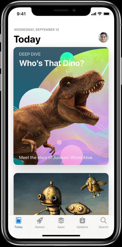 Pantalla Avui de l'AppStore que mostra una app destacada. La imatge de perfil, que es prem per veure les compres, és a l'angle superior dret. A la part inferior, d'esquerra a dreta, hi ha les pestanyes Avui, Jocs, Apps, Actualitzacions i Buscar.