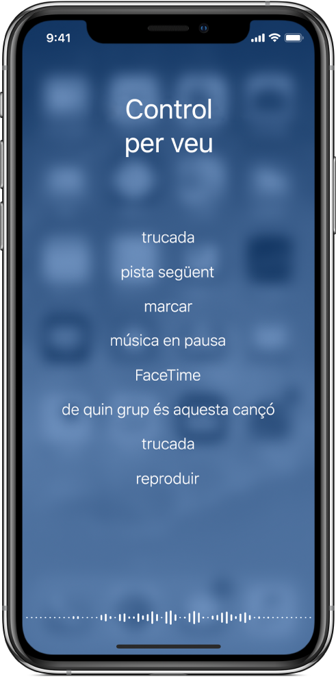 La pantalla del control per veu, amb exemples de les ordres que pots utilitzar. Apareix una forma d'ona al llarg de la part inferior de la pantalla