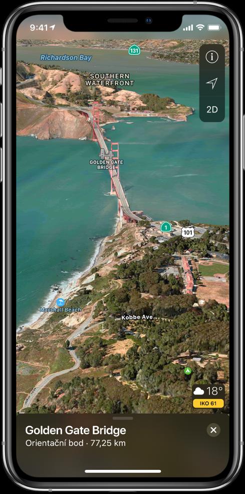 3D satelitní mapa okolí mostu Golden Gate. Vpravo nahoře se zobrazují tlačítka Vypnuté sledování, Nastavení a2D avpravo dole je vidět ikona počasí súdaji oteplotě akvalitě ovzduší.