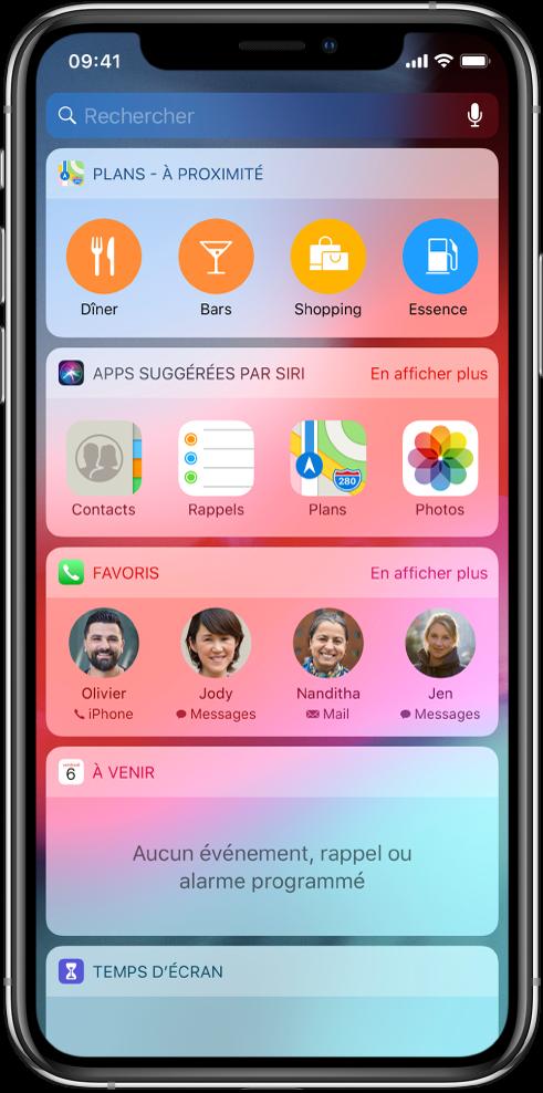 L'affichage du jour avec des widgets pour Plans à proximité, Apps suggérées par Siri, Favoris, File d'attente et Temps d'écran.