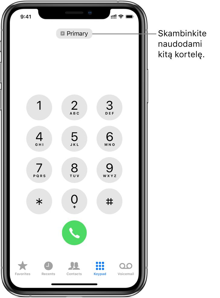 """""""Phone"""" klaviatūra. Ekrano apačioje pateikti skirtukai (iš kairės į dešinę): """"Favorites"""", """"Recents"""", """"Contacts"""", """"Keypad"""" ir """"Voicemail""""."""