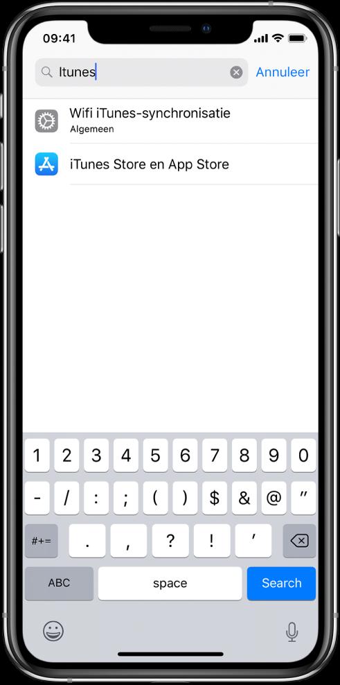 """Het scherm om naar instellingen te zoeken, met het zoekveld boven in het scherm. In het zoekveld staat de zoektekst """"iTunes"""" en in de lijst eronder staan twee gevonden instellingen."""