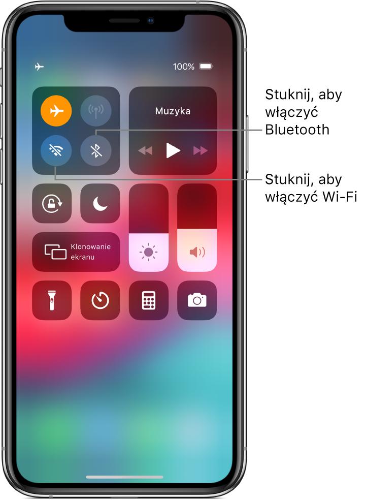 Centrum sterowania; tryb Samolot jest włączony; stuknięcie wlewy dolny przycisk wgrupie wyświetlanej na górze po lewej włącza Wi‑Fi, astuknięcie wprawy dolnyprzycisk wtej samej grupie włącza Bluetooth.