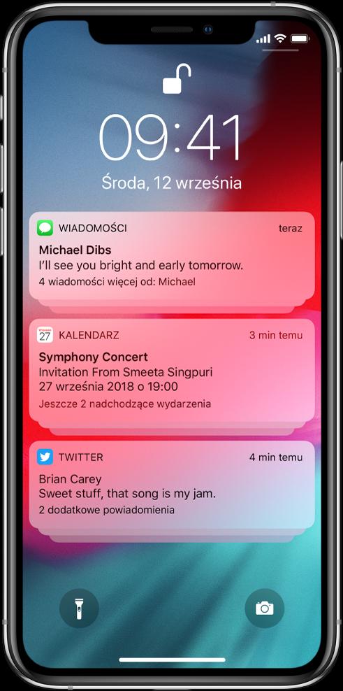 Trzy grupy powiadomień na zablokowanym ekranie: pięć dotyczących wiadomości, trzy dotyczące zaproszeń Kalendarza oraz trzy dotyczące Twittera.