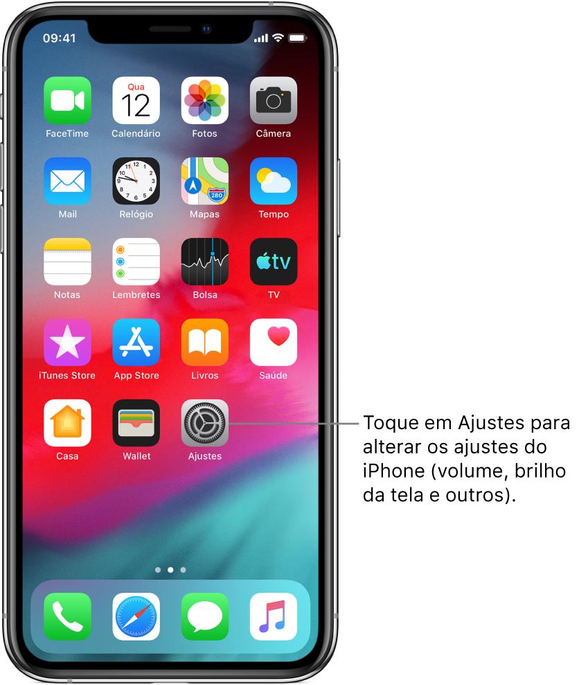 Tela de Início com vários ícones, incluindo o ícone dos Ajustes, o qual você pode tocar para alterar o volume do som, o brilho da tela e outros ajustes do iPhone.