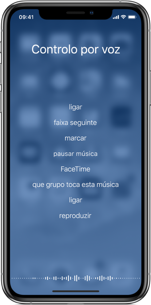 Ecrã do controlo por voz, com exemplos de comandos que podem ser usados. Uma onda aparece no fundo do ecrã.