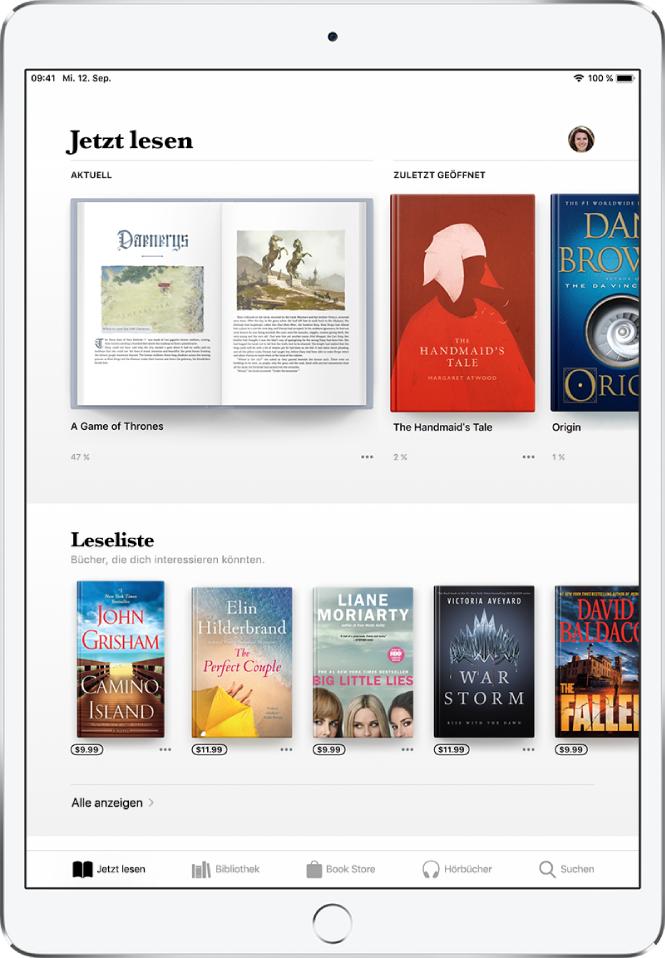 """Ein Bildschirm der App """"Bücher"""". Unten auf dem Bildschirm sind von links nach rechts die Tabs """"Jetzt lesen"""", """"Bibliothek"""", """"BookStore"""", """"Hörbücher"""" und """"Suchen"""" zu sehen, wobei der Tab """"Jetzt lesen"""" ausgewählt ist. Oben auf dem Bildschirm ist der Abschnitt """"Jetzt lesen"""" mit den Büchern zu sehen, die derzeit gelesen werden. Darunter befindet sich die Leseliste mit den zum Lesen vorgemerkten Büchern."""