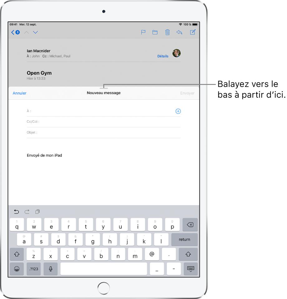 Le brouillon d'un e-mail devant un e-mail reçu, avec une légende indiquant comment faire glisser le brouillon pour pouvoir consulter l'autre e-mail.