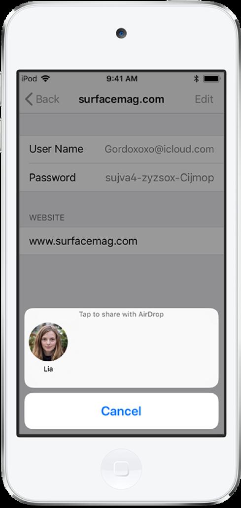 """웹 사이트의 계정 화면. 지침 """"탭하여 AirDrop으로 공유해"""" 아래에 수연의 사진을 나타내는 버튼이 화면 하단에 있음."""