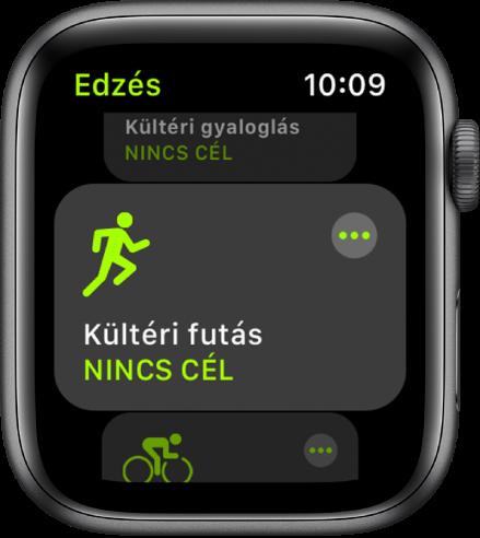Az Edzés gyűrű kiemelt Kültéri futás edzéssel.