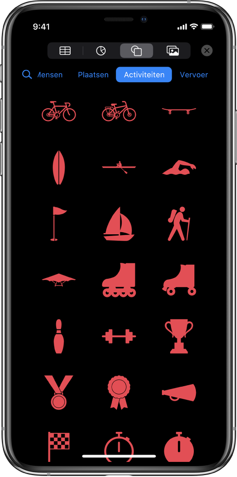Het Voeg in-menu met bovenaan knoppen voor het toevoegen van tabellen, diagrammen, vormen en media. 'Vormen' is geselecteerd en in het bijbehorende menu is een rij met categorieën te zien, met een zoekknop aan de linkerkant. De categorie 'Activiteiten' is geselecteerd en eronder staan vormen.