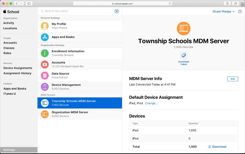 Vous pouvez ajouter des appareils automatiquement dans AppleSchoolManager.