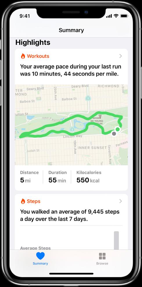 Екран Summary у апликацији Health приказује врхунце који укључују утрошено време, раздаљину и руту последњег тренинга трчања и просечни број пређених корака по дану у последњих 7 дана.