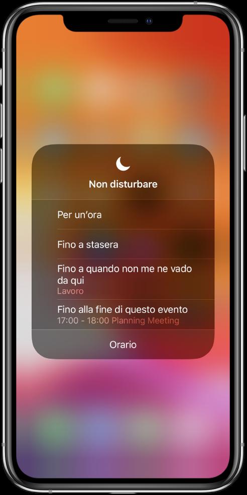 """La schermata per scegliere per quanto tempo lasciare attivo """"Non disturbare"""". Le opzioni sono """"Per un'ora"""", """"Fino a stasera"""", """"Fino a quando non me ne vado da qui"""" e """"Fino alla fine di questo evento""""."""