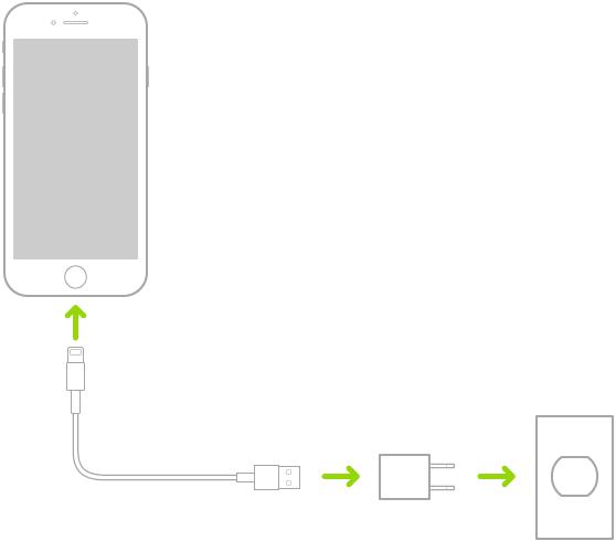 전원 콘센트에 꽂혀 있는 전원 어댑터에 연결된 iPhone.