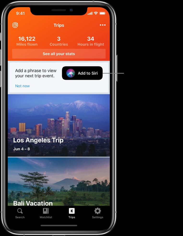 """La pantalla de una app de viajes. El botón Agregar a Siri está a la derecha del texto que dice """"Agrega una frase para ver tu próximo evento de viajes""""."""