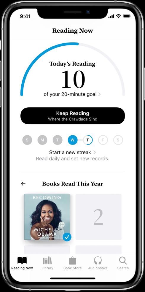 """La sección """"Objetivos de lectura"""" en la pestaña Leyendo. El indicador de lectura muestra que se han completado 10 minutos de una meta de 20 minutos. Debajo del indicador se encuentra el botón Leyendo y círculos que muestran los días de la semana, del domingo al sábado. Hay contornos azules alrededor de los círculos para indicar el progreso de lectura de ese día. En la parte inferior de la página hay portadas de """"Libros leídos este año""""."""