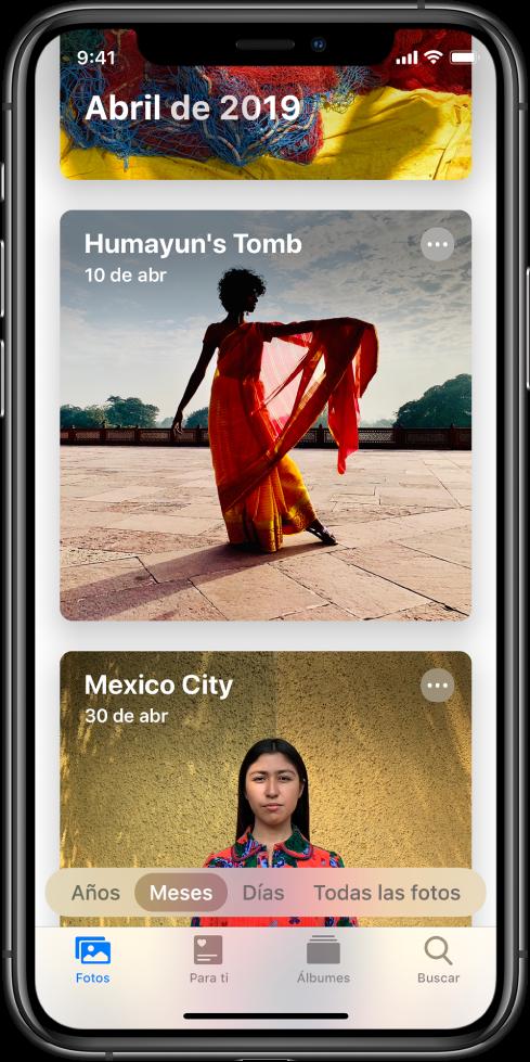 Pantalla de la app Fotos. La pestaña Fotos y la visualización Meses están seleccionadas. Se muestran dos eventos de abril de 2019: Tumba de Humayun y Ciudad de México.