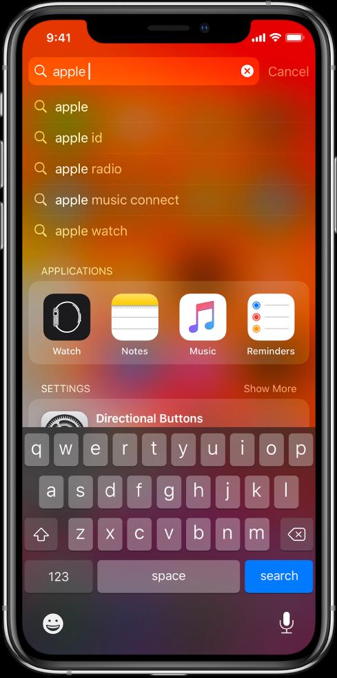 """Näyttö, jossa näkyy haku iPhonella. Ylhäällä on hakukenttä, jossa on haettava teksti """"apple"""", ja sen alapuolella ovat kohteena olevasta tekstistä löytyneet hakutulokset."""