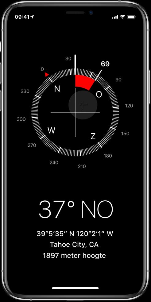Het Kompas-scherm laat zien in welke richting de iPhone wijst en wat je huidige locatie en hoogte is.