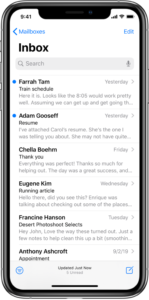 收件箱中的电子邮件预览,显示发件人名字、电子邮件发送时间、主题行和电子邮件的前两行。