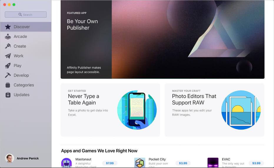 """Mac App Store 主页面。左侧的边栏包括其他页面的链接:探索、创作、工作、游戏、开发、类别和更新。右侧是可点按的区域,其中包括""""幕后花絮""""、""""编辑的话""""和""""编辑精选""""。"""